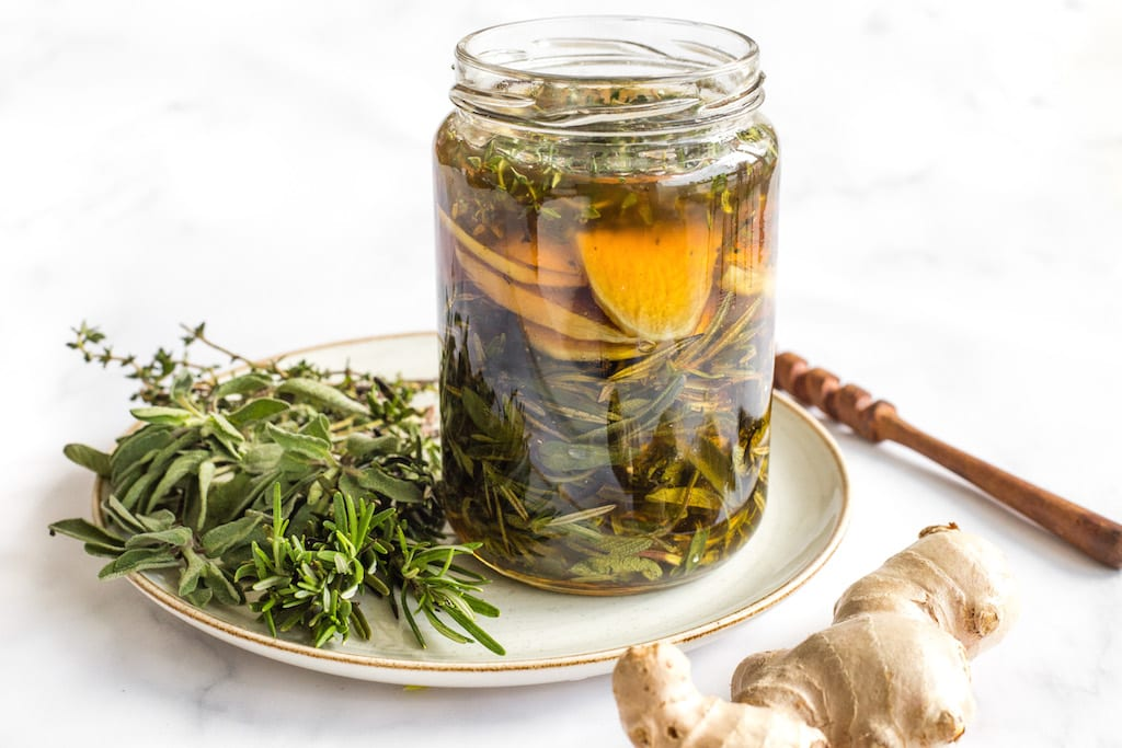 Herbal Honey to Protect Against Colds—Rosemary, Sage, and Thyme